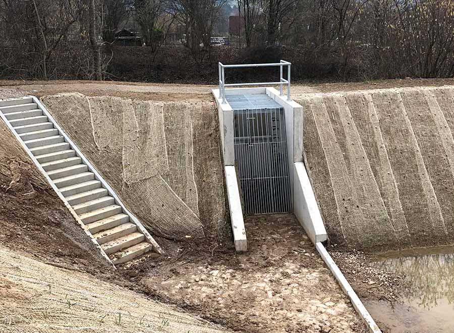drosselbauwerk-regenrueckhaltebecken-klein